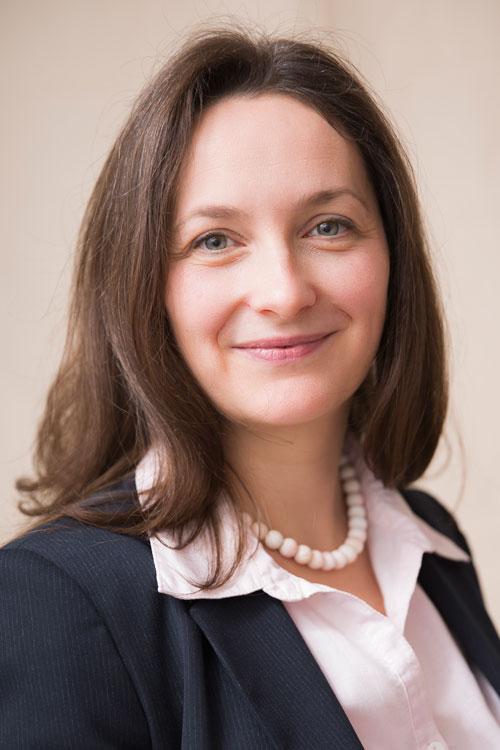 Dr Katrin Beckmann